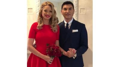 Valentina Pelinel a făcut furori cu inelul de logodnă! Cât a costat bijuteria?
